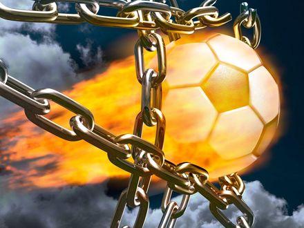 Обои Огненный футбольный мяч разрывающий цепи