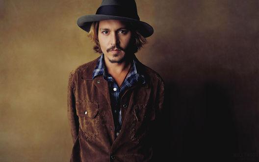 Обои Johnny Depp / Джонни Депп в куртке и шляпе