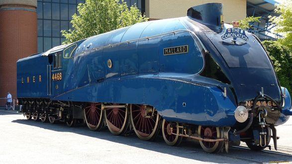 Обои Синий паровоз
