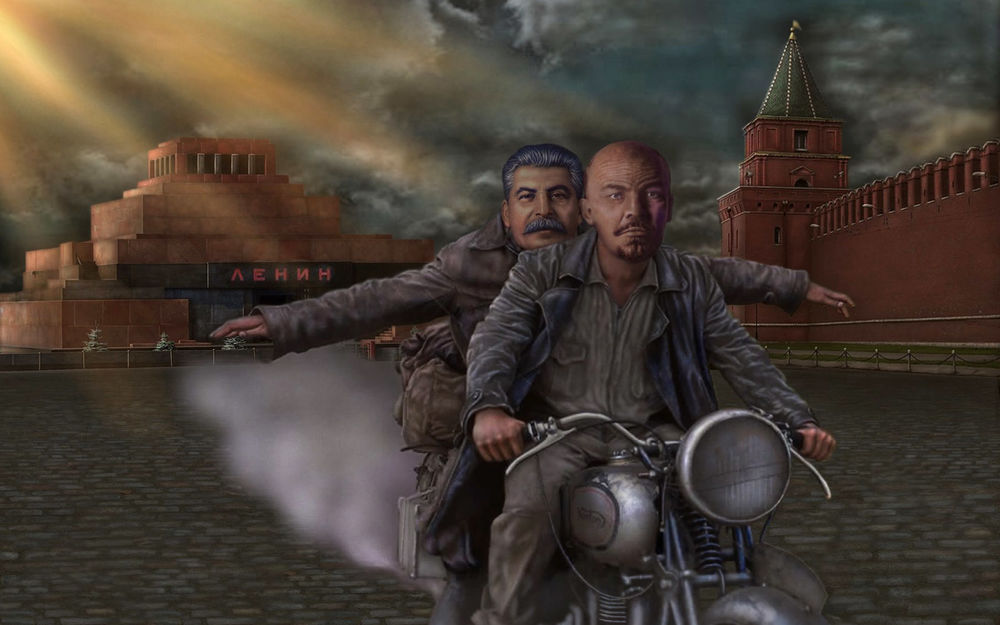 Обои для рабочего стола Карикатура на Ленина и Сталина на мотоцикле, на фоне мавзолея