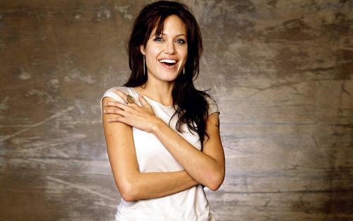 ���� ����������� Angelina Jolie / ��������� ����� � ����� �����