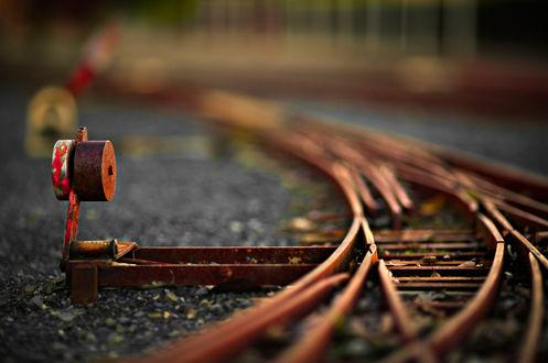 Обои Путевая стрелка железной дороги