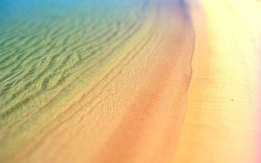 Обои Морское побережье с желтым песком, с эффектом тилт шифт / tilt shift