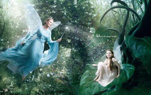 Обои Джули Эндрюс / Julie Andrews в образе Голубой Феи и Абигейл Брэслин / Abigail Breslin в образе эльфа Фиры / Fira , проэкт студии Дисней / Disney 'Портреты Мечты / Dream Portraits' © (Where the magic begins)