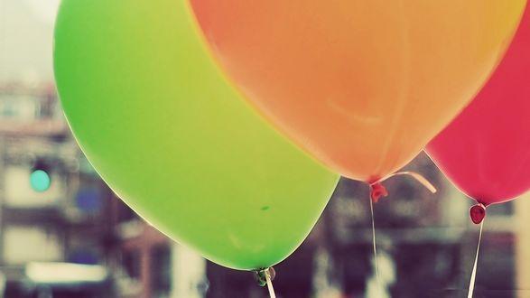 Обои Разноцветные воздушные шары