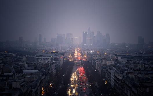 Обои Пасмурный вечерний Paris / Париж, France / Франция с оживленными улицами