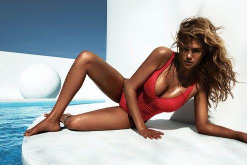Обои Американская модель и актриса Кейт Аптон  / Kate Upton в красном купальнике