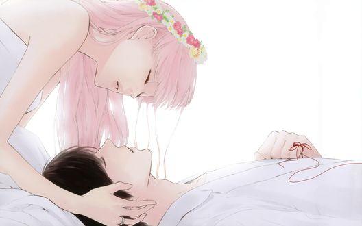 Обои Анимешная девушка с розовыми волосами с венком на голове пытается поцеловать анимешного парня