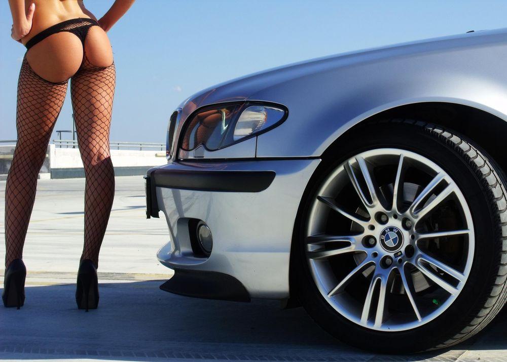 голые девушки с авто bmw бесплатно