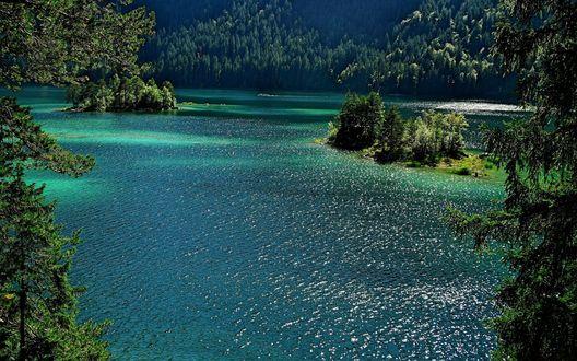 Обои Красивое озеро в Германии / Germany