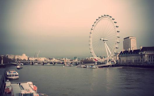 Обои Знаменитое колесо обозрения на берегу Темзы / Thames, Лондон / London