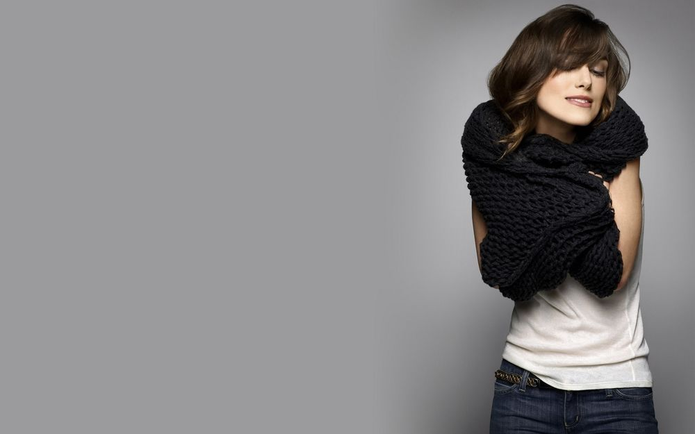 Девушка в белой футболке эро фото 394-648