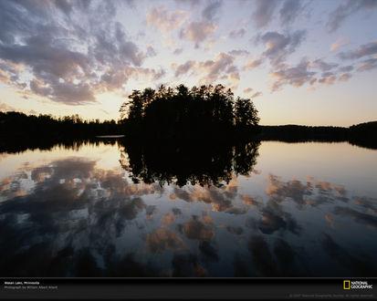Обои Зеркальный остров на озере, Миннесота , США / Minnesota, USA, National Geographic