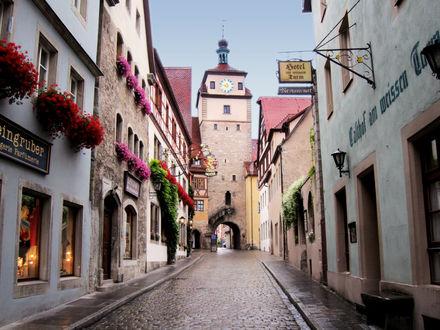 Обои Улица города Ротенбург-на-Таубере, Бавария, Германия / Rothenburg ob der Tauber, Bavaria, Germany