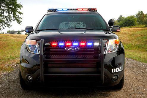 Обои Полицейская машина Ford Explorer, 2011 / Форд Эксплорер 2011 г