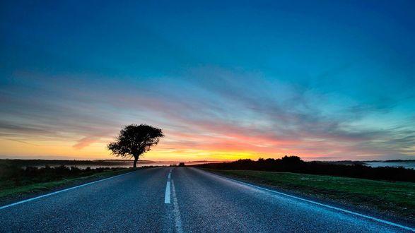 закат поле джипы небо  № 3800568 загрузить