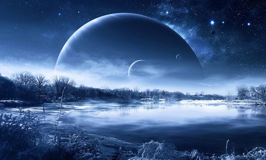 Обои Замерзшее озеро с деревьями в снегу на фоне неба со звездами и планетами