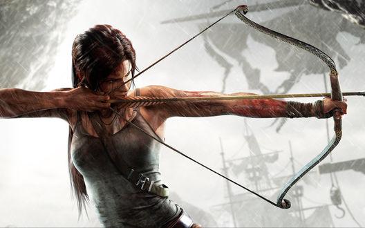 Обои Лара Крофт / Lara Croft целится из лука, из игры Tomb Raider / Расхитительница гробниц