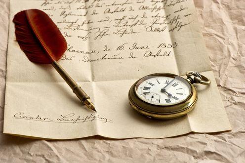 Обои Часы и перо лежат на письме