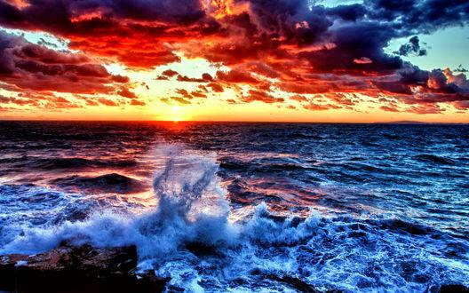 Обои Вид с берега моря на красивый закат