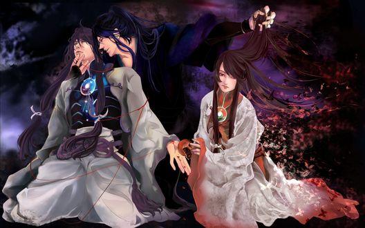 Обои Темноволосый мужчина одной рукой держит за шею парня, стоящего пред ним на коленях, второй рукой держит девушку за волосы, сидящую рядом, парень передает девушке треснутый гранат, от платья девушки отлетают бабочки
