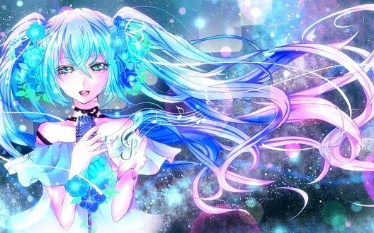 Обои Vocaloid Hatsune Miku / Вокалоид Хатсуне Мику с цветами в волосах поет, держа в руке микрофон, из которого появляются ноты