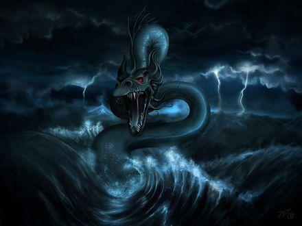 Обои Морской дракон с оскаленной пастью показался из волн на фоне неба, которое заволокли тучи, сверкает молния