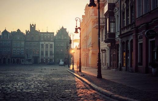 Обои Городская улица на рассвете