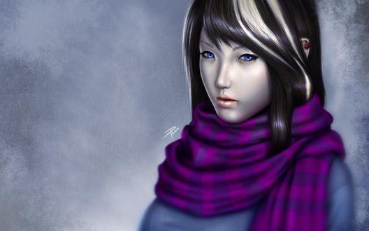 Обои Темноволосая девушка с голубыми глазами в сиреневом шарфе на шее