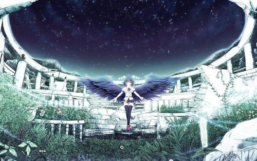 Обои Девушка-ангел стоит посредине разрушенного здания