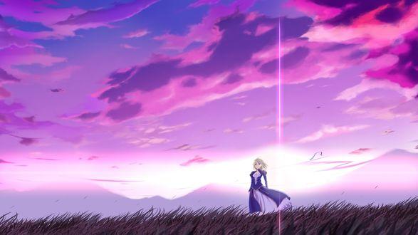 Обои Девушка в платье стоит в поле на фоне пурпурных облаков
