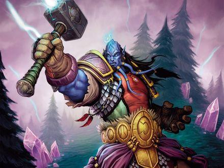 Обои Дреней с молотом в руках, вокруг бьют молнии / арт к игре World Of Warcraft