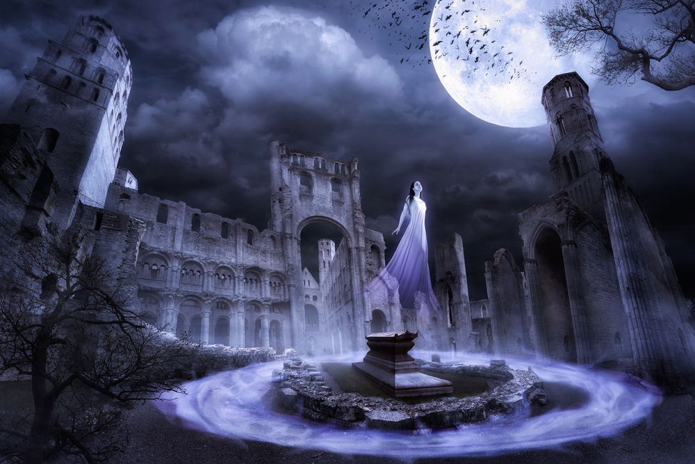 Обои для рабочего стола Призрак девушки на фоне старого замка