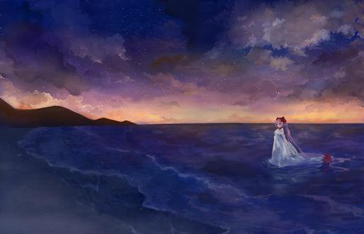 Обои Девушка в белом платье стоит в воде на фоне звездного неба