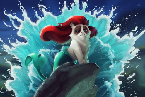 Обои Грустная кошка / Grumpy cat в роли русалочки, стоит на скалах на фоне бьющихся морских волн, художница tsaoshin
