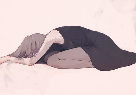 Обои Девушка в черном платье лежит