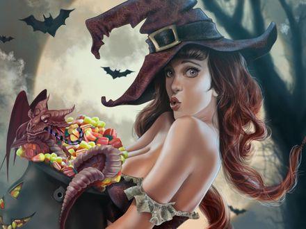 Обои Удивленная ведьма в остроконечной шляпе, держит целый котел конфет, в котле сидит дракон с конфетой в зубах