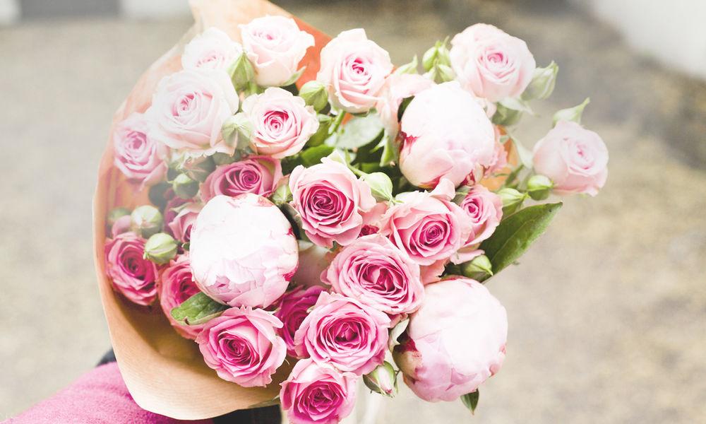 Большой букет розы картинка