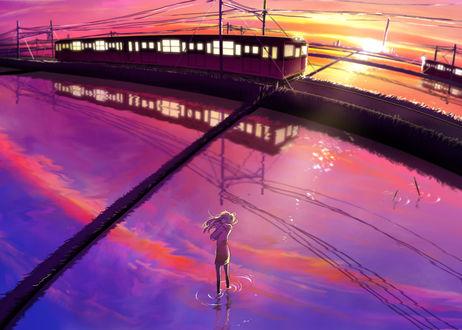 Обои Девушка стоит в воде около железнодорожных путей, по котрым едут поезда, художник Nosaki Tsubasa