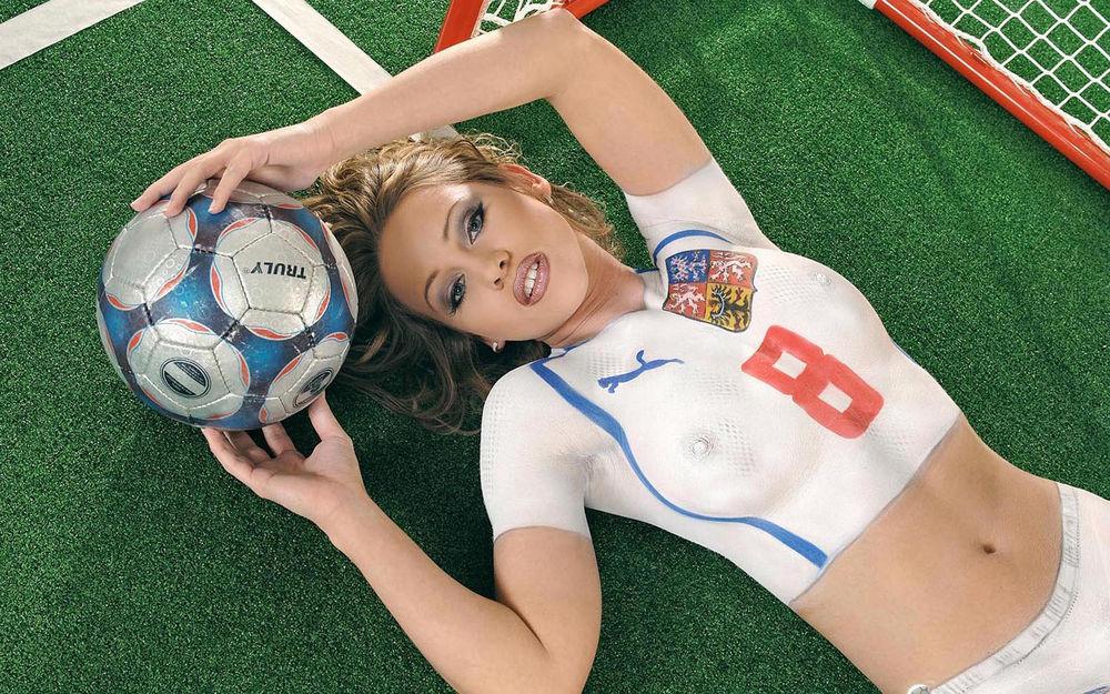 Эротика в спортивной форме, сексуальный девушка штангист