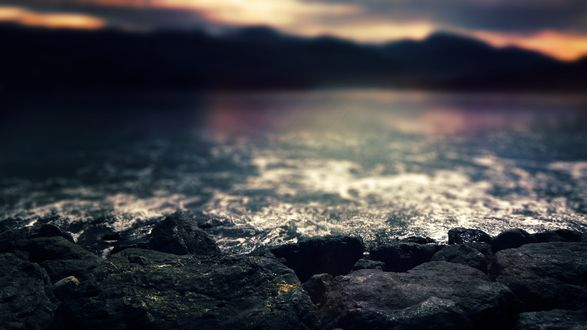 Обои Черные камни на морском берегу, by CarlosTown