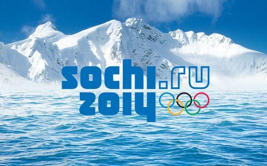 Обои Море у подножья заснеженных гор (sochi. ru 2014)