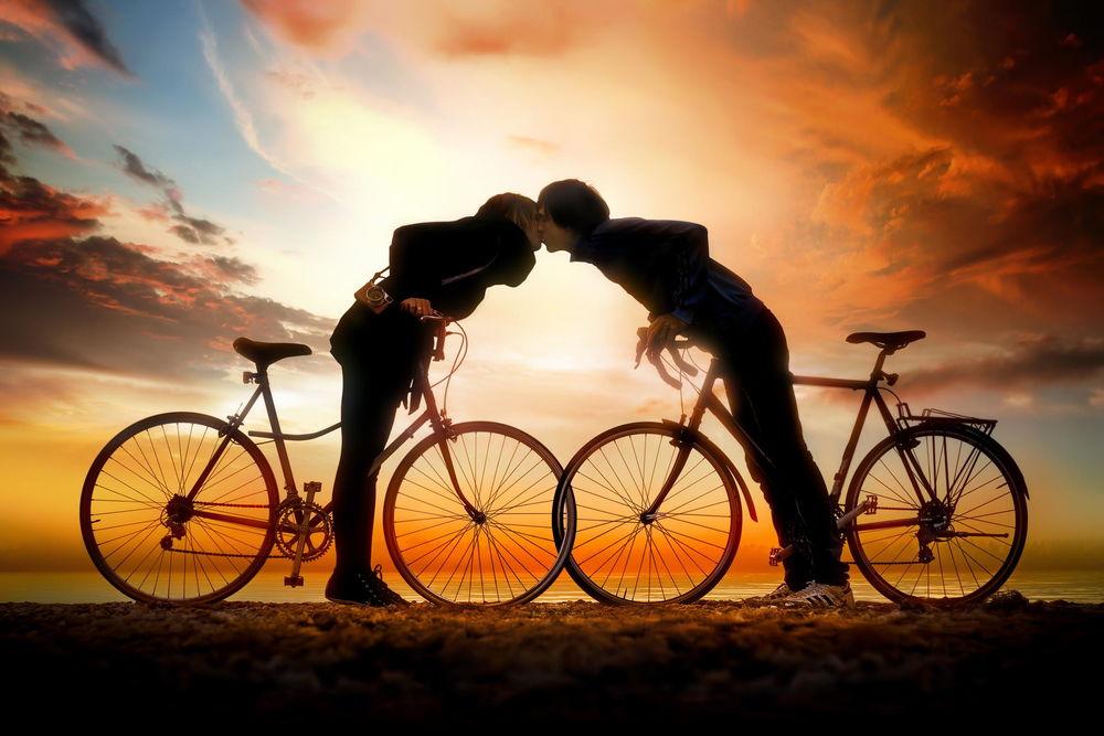 Двое на велосипеде в картинках, смешными