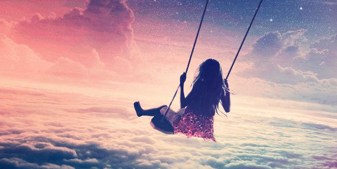Обои Девушка катается на качелях на фоне неба, обложка сингла Marcus Schossow – Reverie