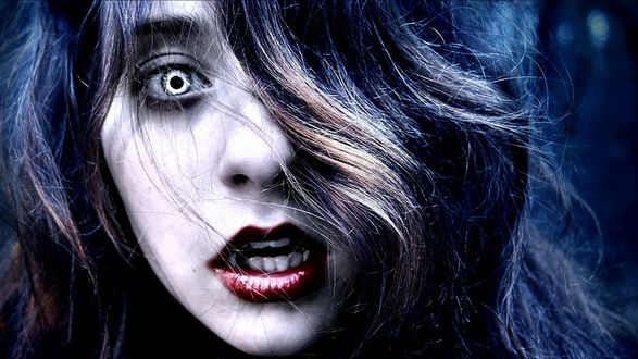 Обои Девушка вампир с синими волосами