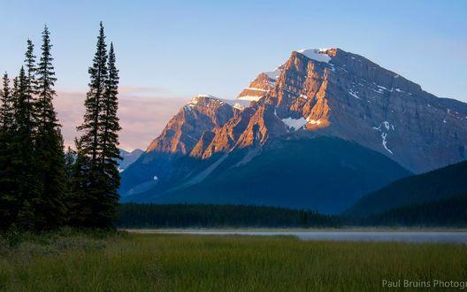 Обои Вид на горы, Национальный парк Банф, Канада / Banff National Park, Canada, фотограф Paul Bruins
