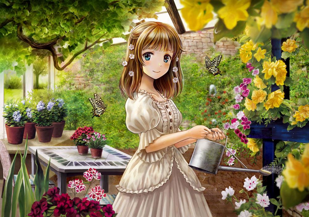 Девочка поливает цветок фото