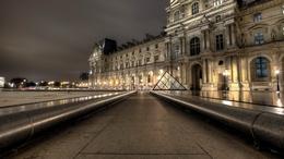 ���� ����� ���� / Mus�e du Louvre � ���������� �������� ����� �� ����� ��������� / cour Napoleon ������� �� ������, �����, ������� / Paris, France  1600x900, ����, ����