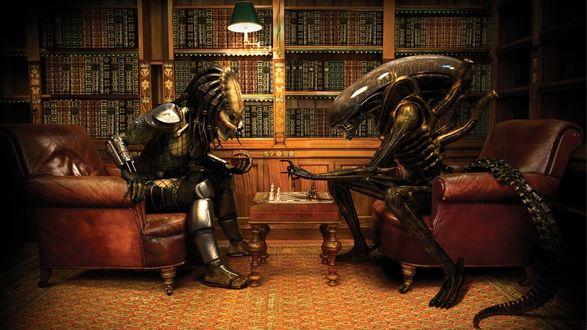Обои Персонажи из фильмов Чужой и Хищник / AVP: Alien vs. Predator, сидят и играют в шахматы