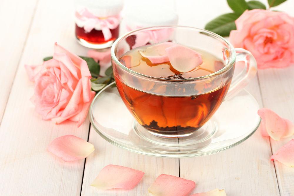 Фото чашка чая с цветами